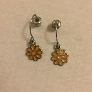 Girls/women's shirt dangle flower earrings